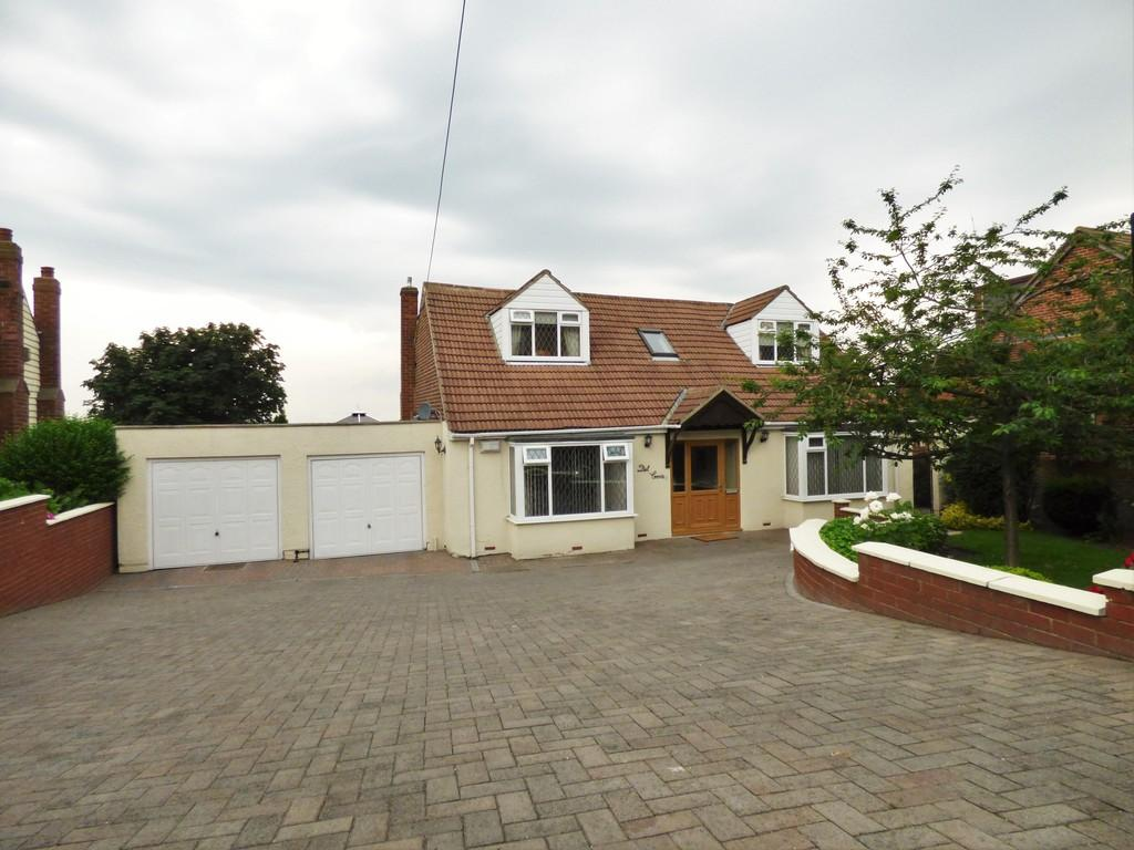 5 Bedrooms Detached Bungalow for sale in Houghton Road, Newbottle