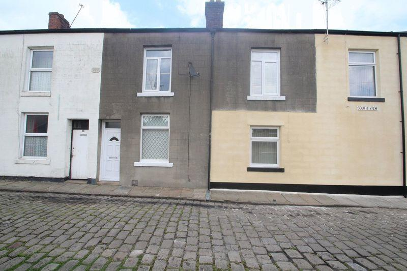 3 Bedrooms Terraced House for sale in South View, Bamford, Rochdale OL11 5HU