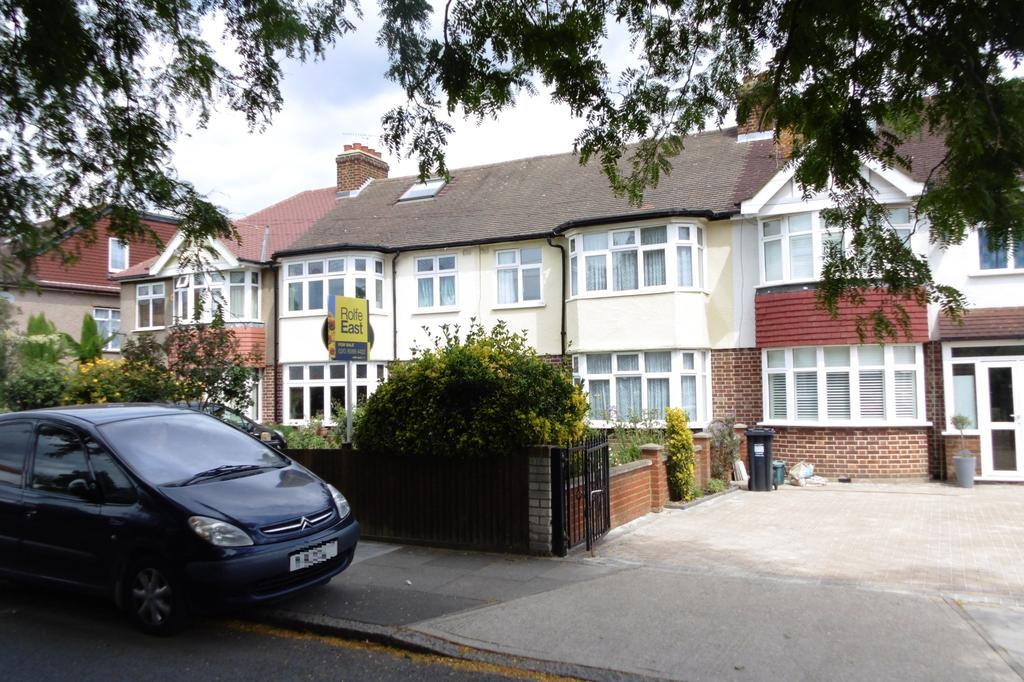 3 Bedrooms Terraced House for sale in Amhurst Gardens, Isleworth