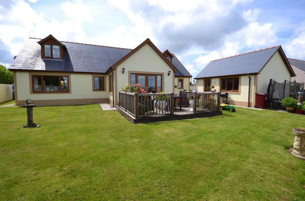 4 Bedrooms Detached Bungalow for sale in Freystrop