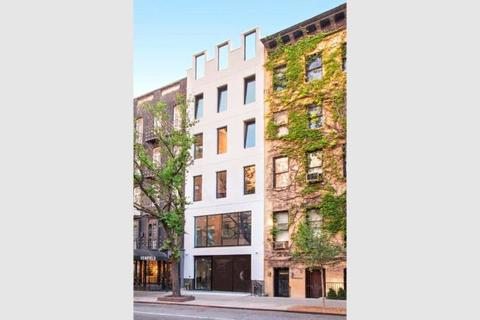 1 bedroom townhouse  - 229 East 60th Street, New York, New York County, New York State