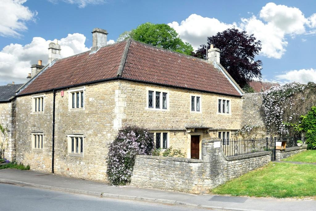 4 Bedrooms Farm House Character Property for sale in Wellow, Bath