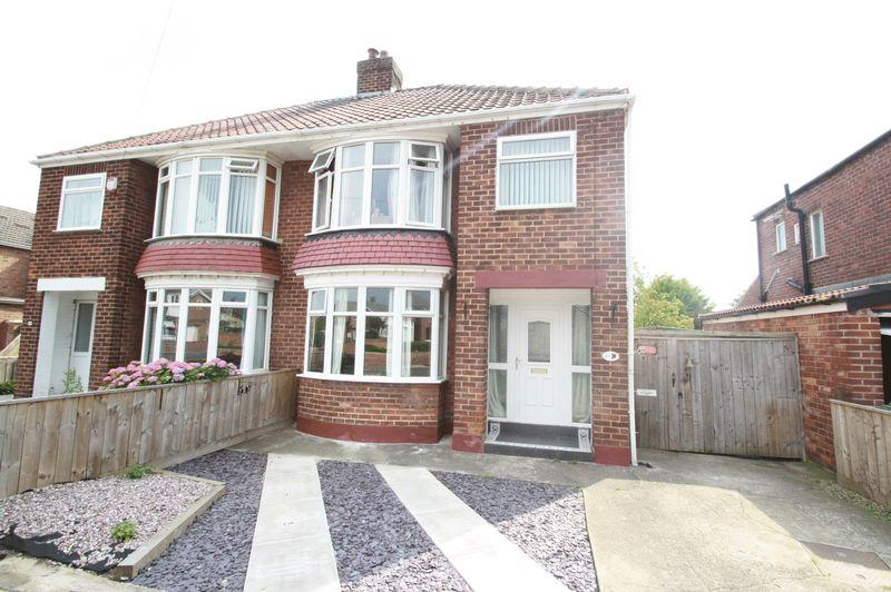3 Bedrooms Semi Detached House for sale in Whitton Road, Fairfield, Stockton, TS19 7DX