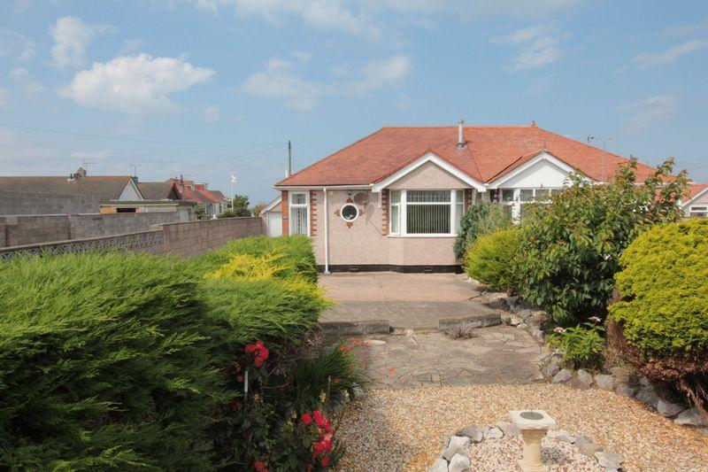 2 Bedrooms Bungalow for sale in Rhyl Coast Road, Rhyl