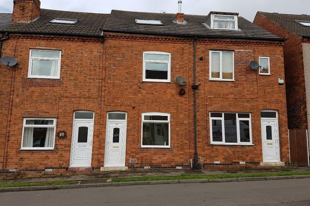 3 Bedrooms Terraced House for rent in Spencer Street, Bolsover, S44