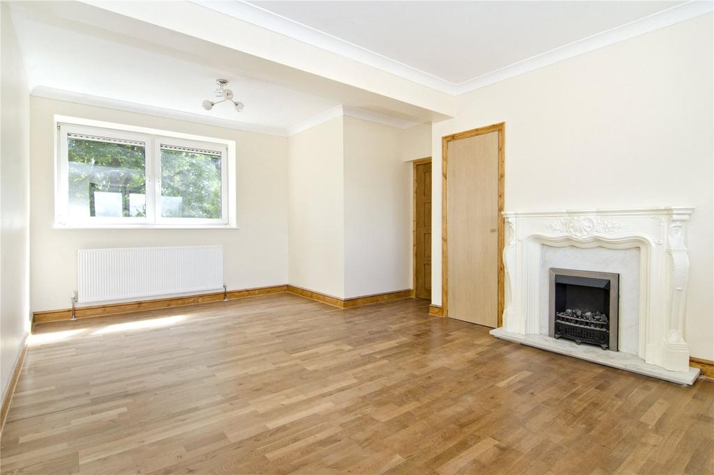 2 Bedrooms Flat for sale in Clarion House, 330 Roman Road, London, E3