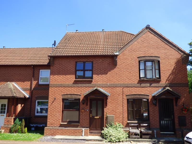 2 Bedrooms Terraced House for sale in STATION DRIVE, RIPON, HG4 1JA