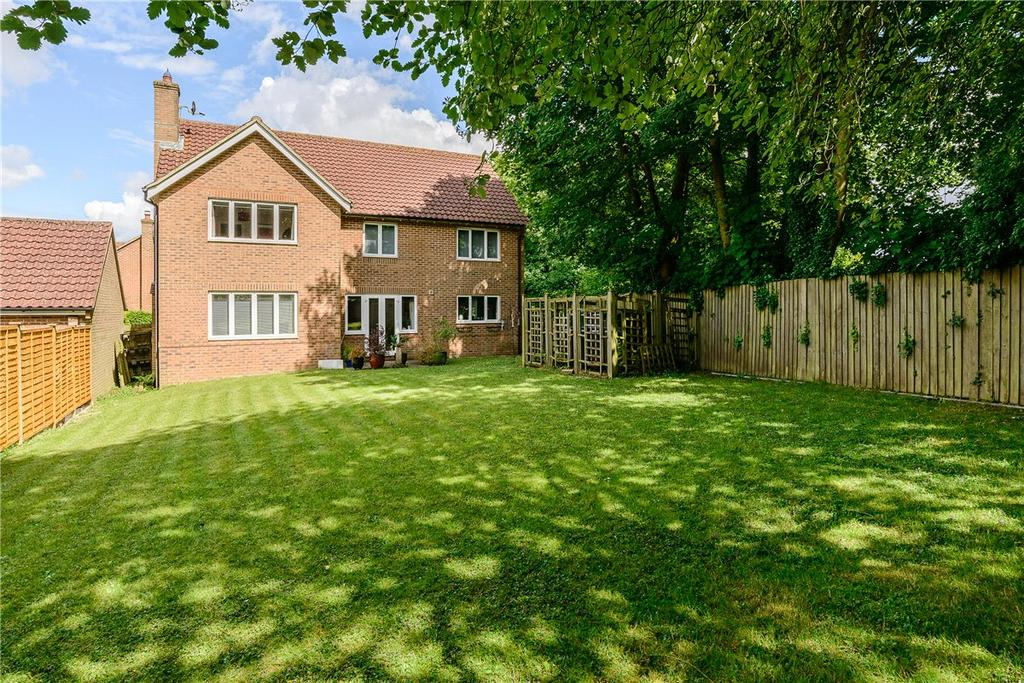 5 Bedrooms Detached House for sale in Pigeonhouse Field, Sutton Scotney, Winchester, Hampshire, SO21
