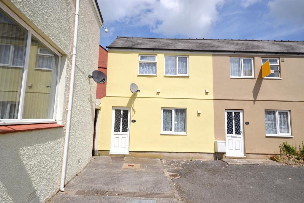 2 Bedrooms Terraced House for sale in Dimond Street East, Pembroke Dock