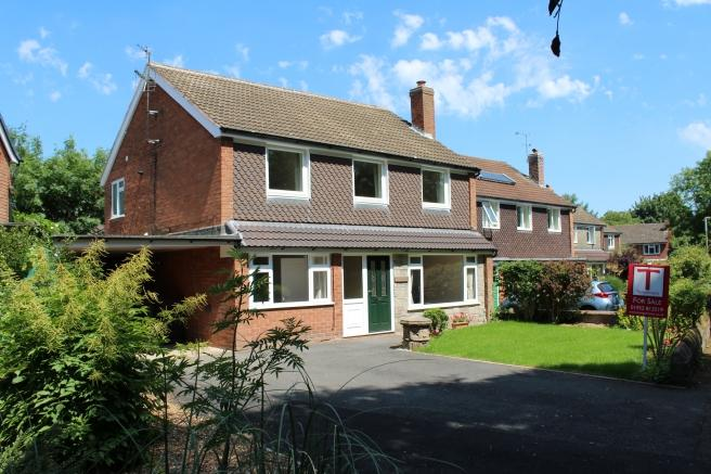 4 Bedrooms Detached House for sale in 3 Princess Gardens, Newport, Shropshire, TF10 7ET