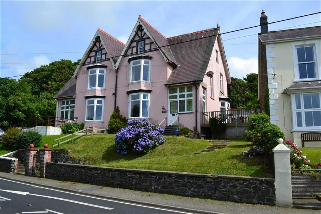 6 Bedrooms Semi Detached House for sale in Llanon, Ceredigion