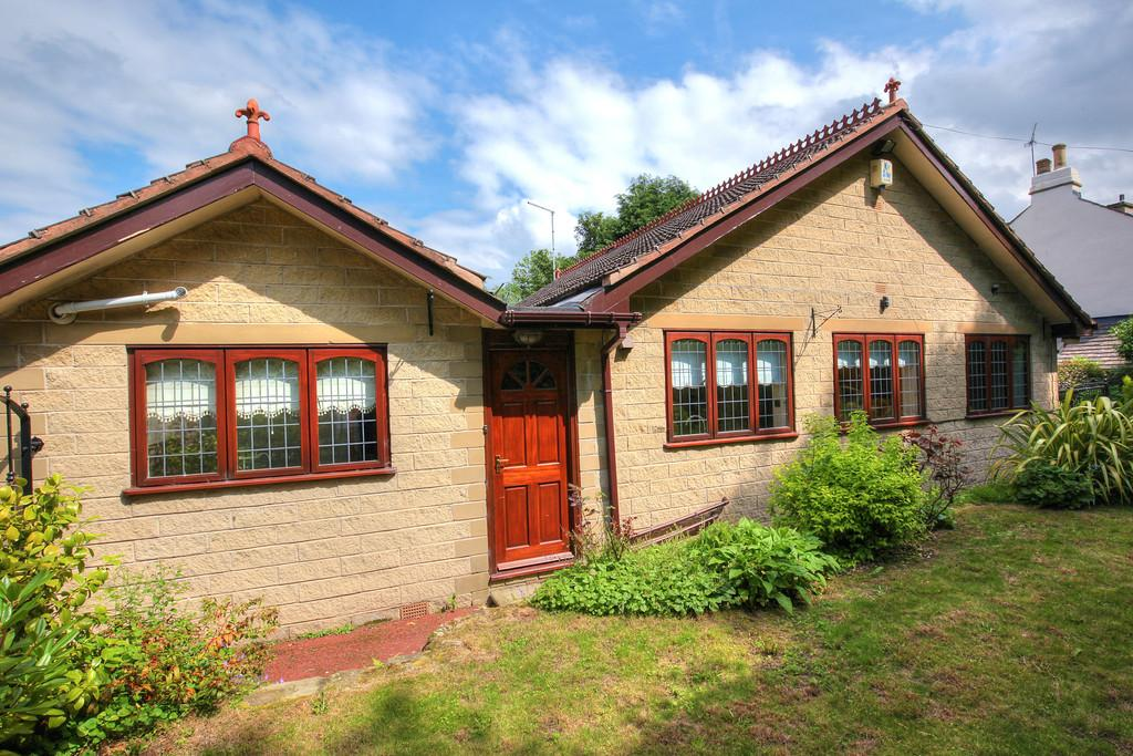 3 Bedrooms Detached Bungalow for sale in Coverdale Cottage, 46 Housley Lane, Chapeltown, S35 2UD.