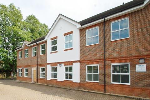 2 bedroom maisonette to rent - Hill Avenue, Amersham, HP6
