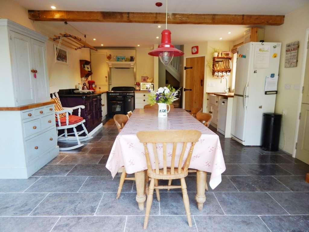 5 Bedrooms House for sale in Blackdown, Beaminster, Dorset