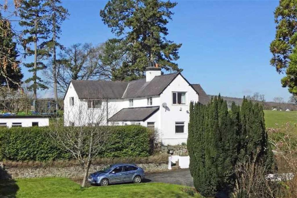 5 Bedrooms Detached House for sale in Llanfair Dyffryn Clwyd, Ruthin