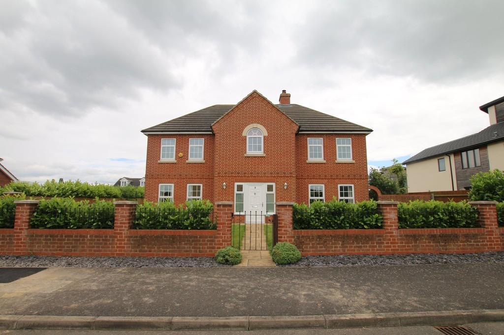 5 Bedrooms Detached House for sale in Albert Way, Chatteris