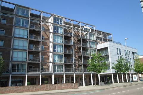 2 bedroom flat to rent - Brunswick House, Queen Street, Portsmouth, PO1