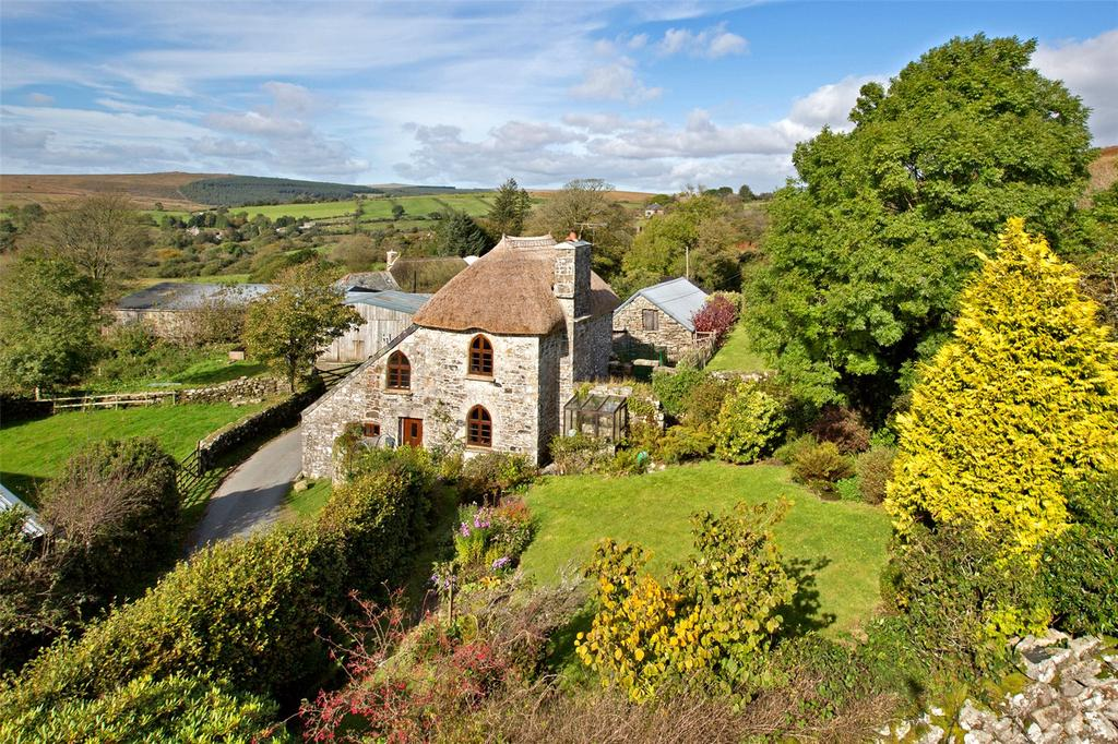 4 Bedrooms Detached House for sale in Poundsgate, Newton Abbot, Devon