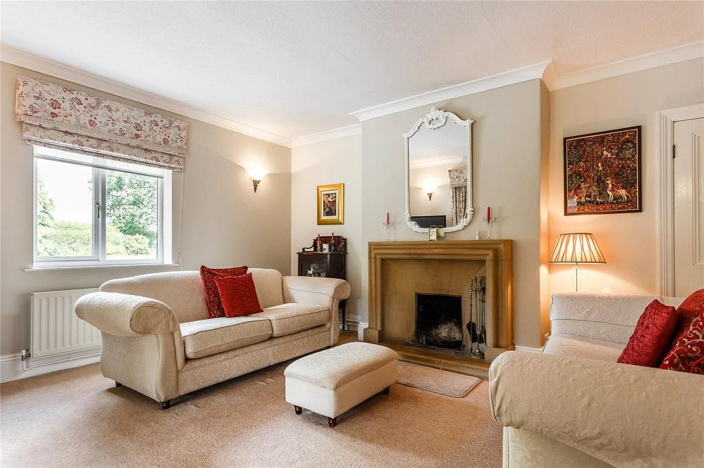 4 Bedrooms Detached House for sale in Sidbrook, West Monkton, Taunton, Somerset