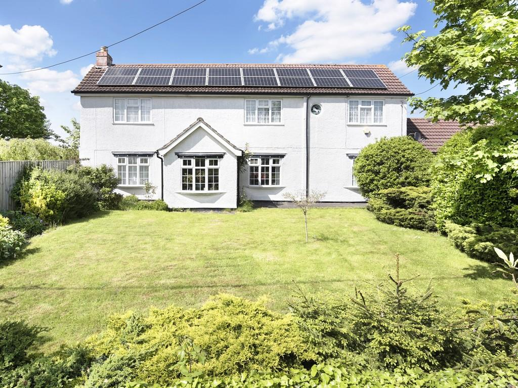4 Bedrooms Detached House for sale in Frome Road, Southwick