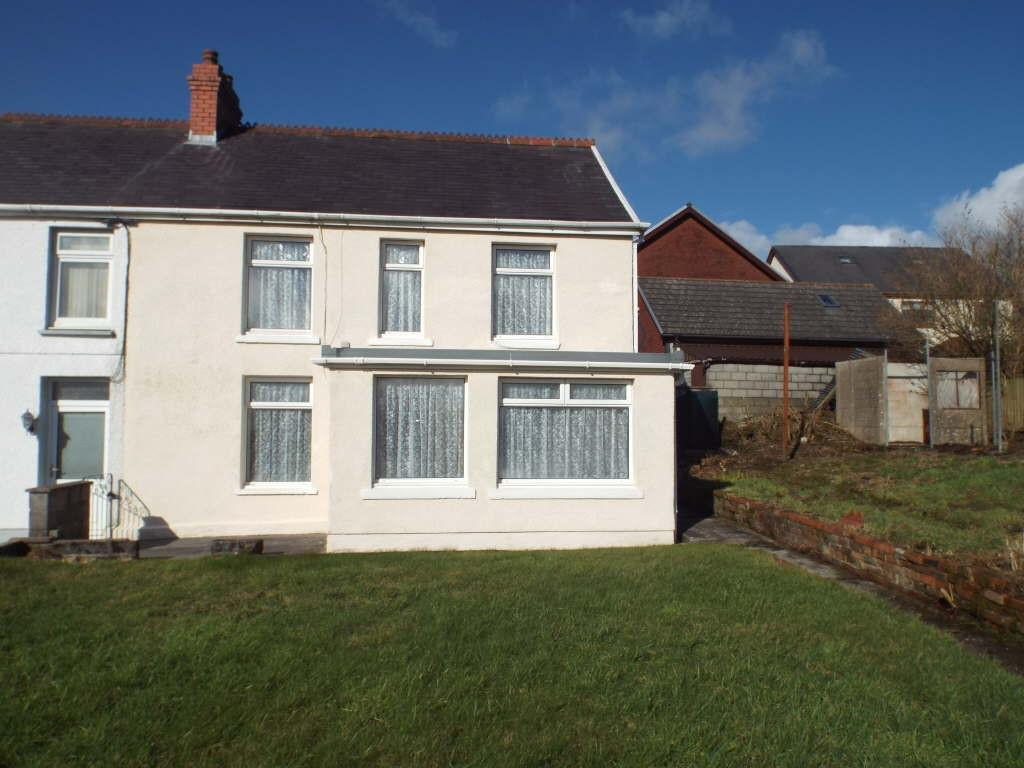 3 Bedrooms Semi Detached House for sale in Heol Yr Ysgol, Cefneithin, Cefnithen, Carmarthenshire