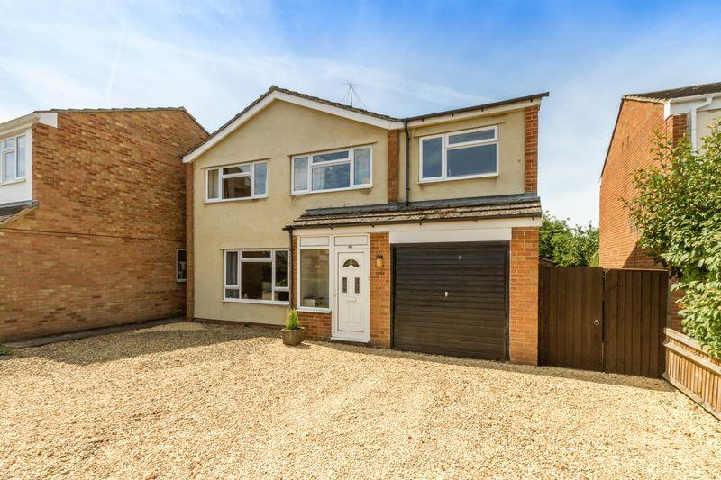 4 Bedrooms Detached House for sale in Sterling Road, Kidlington