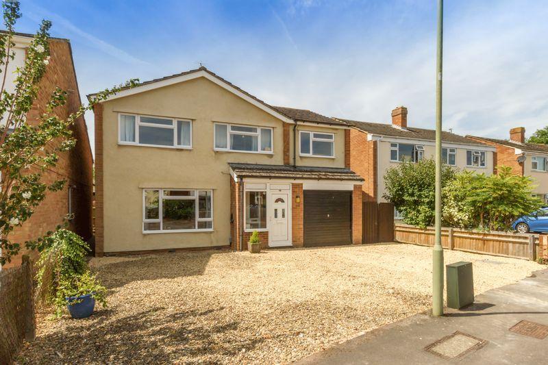 4 Bedrooms Detached House for sale in Sterling Road, Kidlington