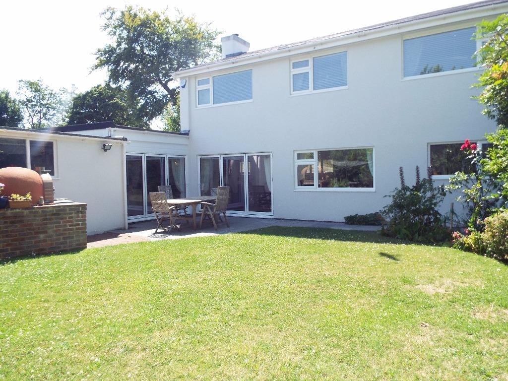 4 Bedrooms Detached House for sale in Hazeldene Meads Brighton East Sussex BN1
