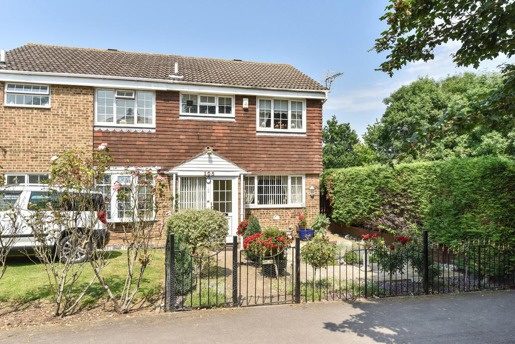 3 Bedrooms Semi Detached House for sale in Simpson Road, Snodland