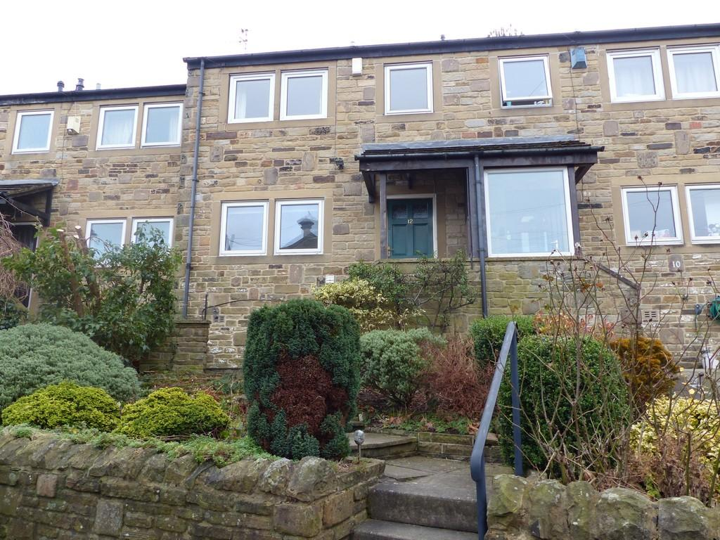 3 Bedrooms Town House for rent in Whitton Croft Road, Ilkley