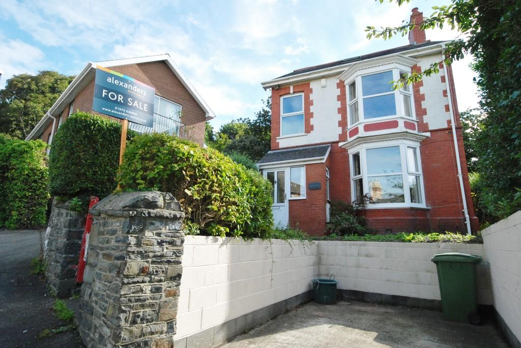 3 Bedrooms Detached House for sale in North Road, Aberystwyth