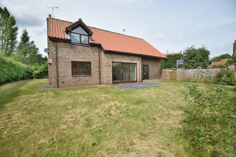 4 Bedrooms Detached House for sale in Grange Close, Ingham, Lincoln