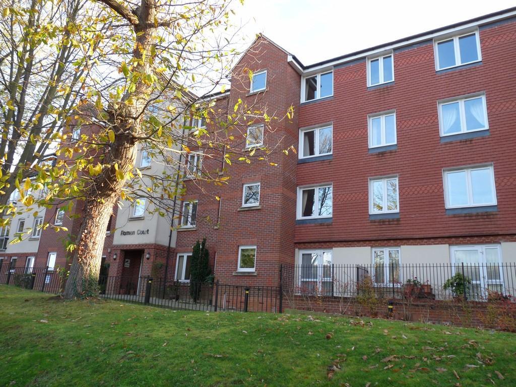 1 Bedroom Retirement Property for sale in Edenbridge