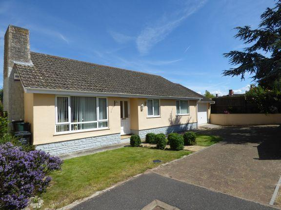 3 Bedrooms Detached Bungalow for sale in Stogursey