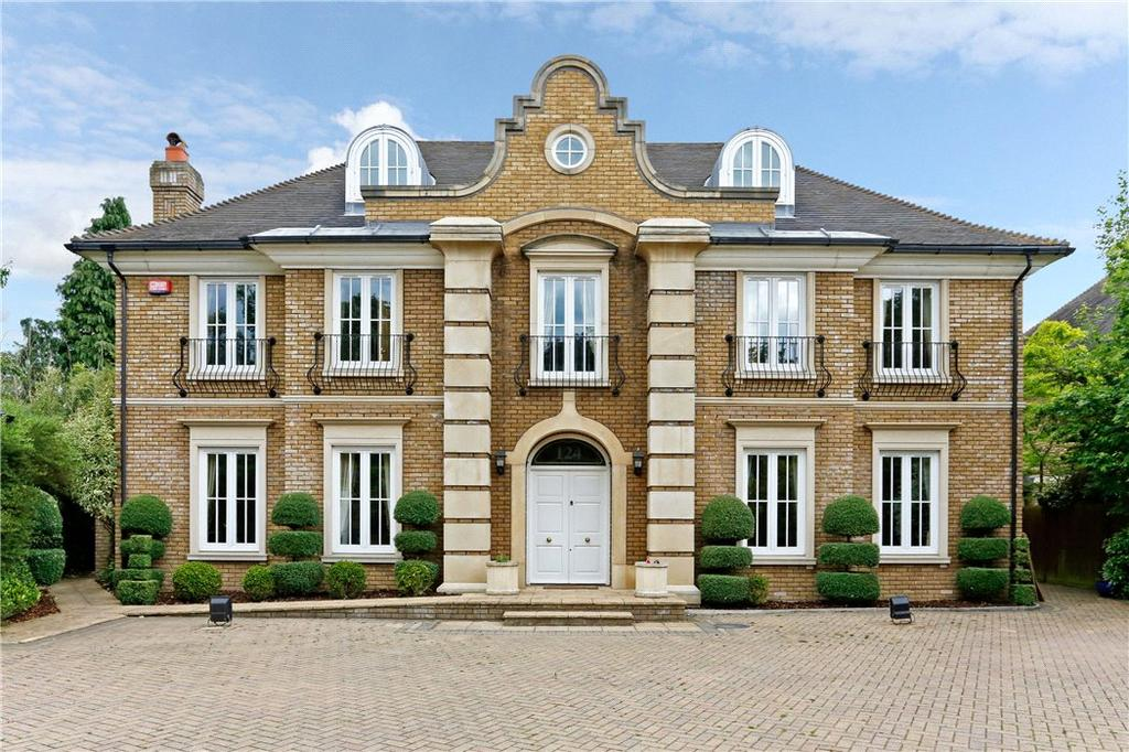 6 Bedrooms Detached House for sale in Grove Road, Tring, Hertfordshire, HP23