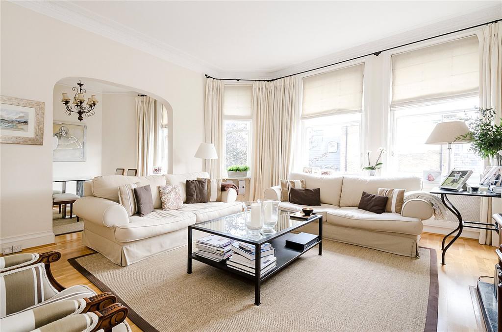 4 Bedrooms Flat for sale in Campden Hill Court, Campden Hill Road, Kensington, London
