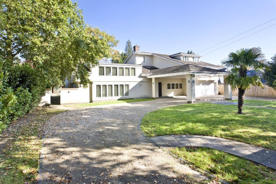 7 Bedrooms Detached House for sale in Virginia Water, Surrey