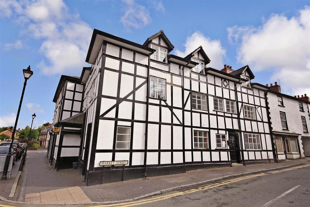 5 Bedrooms Terraced House for sale in Market Street, Llanfyllin