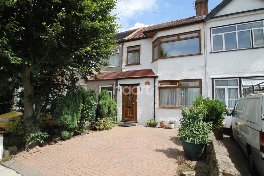 3 Bedrooms Terraced House for sale in Bradley Road