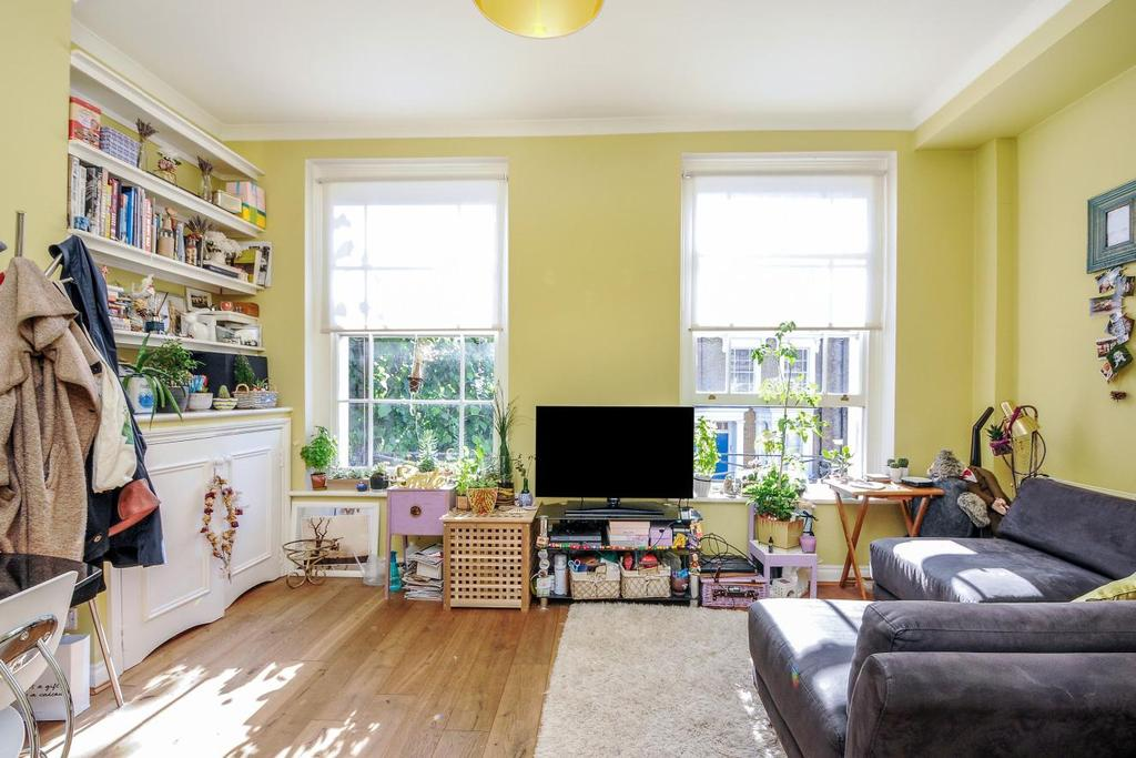 1 Bedroom Flat for sale in Harecourt Road, Islington, N1