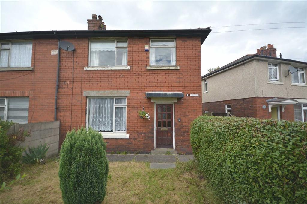 3 Bedrooms Semi Detached House for sale in Rydal Villas, Marlborough Avenue, Wigan, WN3