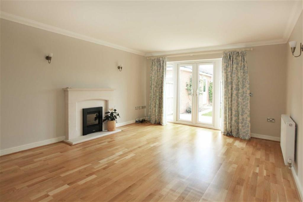 6 Bedrooms Detached House for sale in Matthews Way, Audlem, Cheshire