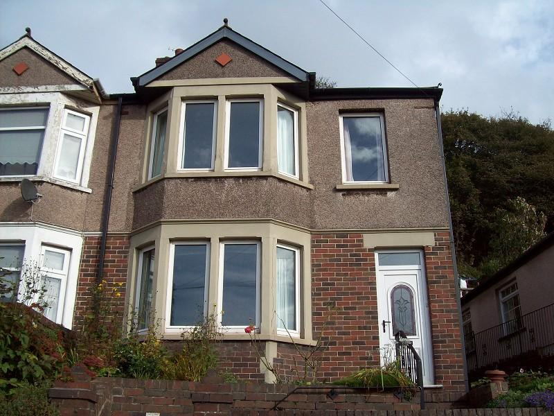 3 Bedrooms Semi Detached House for sale in Gwar Y Caeau, Port Talbot, .
