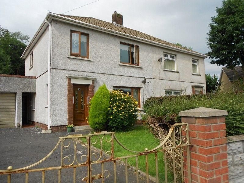 3 Bedrooms Semi Detached House for sale in The Avenue Cwmavon, Port Talbot, Neath Port Talbot.