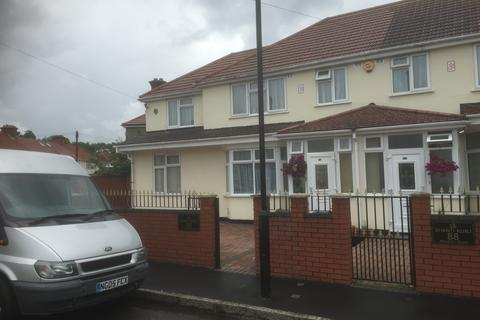 4 bedroom semi-detached house for sale - Raleigh Road, Southall UB2