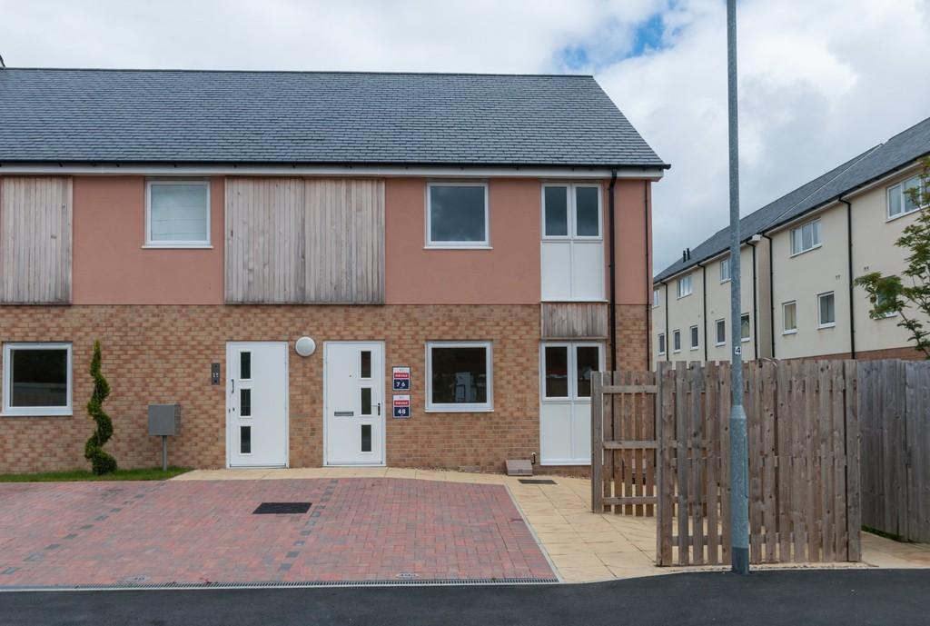 1 Bedroom Apartment Flat for sale in Y Bae, Bangor, North Wales