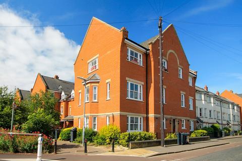 2 bedroom apartment to rent - Ravensworth Gardens, Cambridge