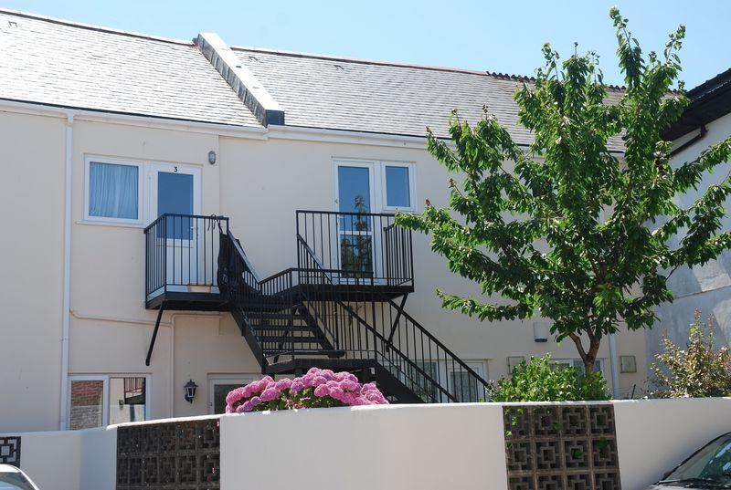 1 Bedroom Apartment Flat for sale in Petitor Road, Torquay
