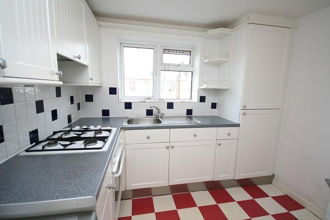 2 Bedrooms Flat for rent in Westmount, Finsbury Road, Brighton BN2
