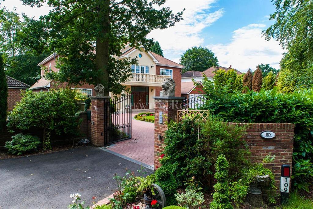 7 Bedrooms Detached House for sale in Windsor Road, Gerrards Cross